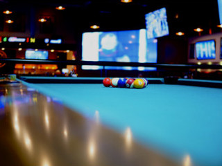 Lansing Pool Table Moves Content img